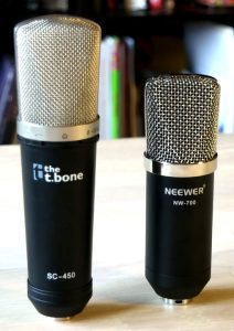 T.Bone SC450 (links), Neewer NW-700 (rechts).